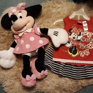 Minnie mouse and outfit